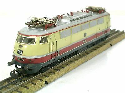 E-Lok 3053 der DB Märklin H0-00 1.Version 1966/68  800