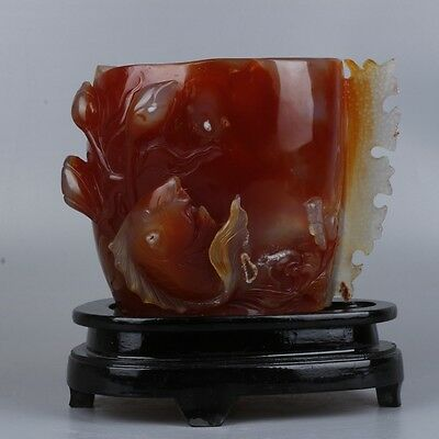 Very Fine Natural Agate Hand-Carved Statue Brush Pot