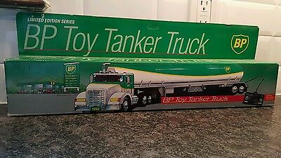 62A- Bp Toy Tanker Truck Mib (Wired Remote Control)