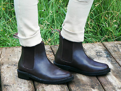 riding boots size childrens/Youth/adults size childs1 to Adults 13