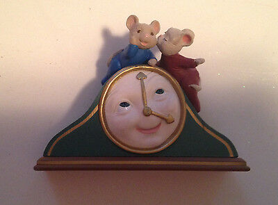 Hallmark 1995 In A Heart Beat Mouse & Clock  Christmas Ornament