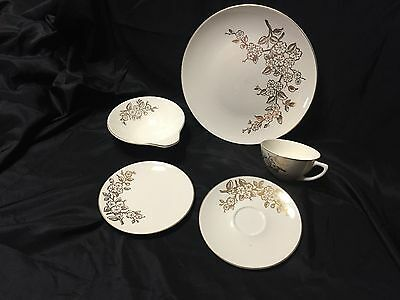 Knowles Apple Blossom China (40 pieces)