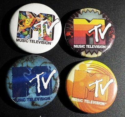 MTV - Lot of 4 Badges Buttons Pins 25mm 1''