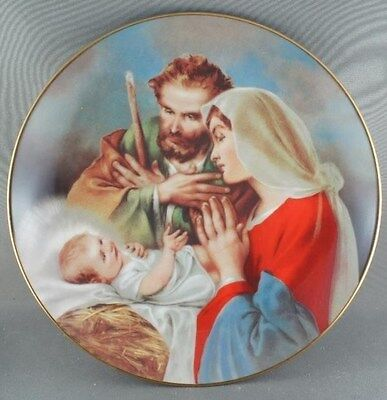 """""""A Child is Born"""" Promise of a Savior Collector Plate"""