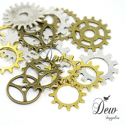 50 x  assorted gear cogs charms metal steam punk random mixed jewellery findings