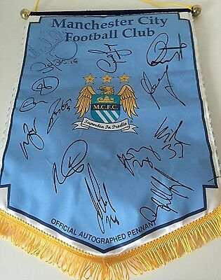 RARE 2009-10 Manchester City Squad Signed Pennant + COA + PROOF