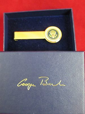 GEORGE BUSH PRESIDENTIAL TIE TAC/SEAL of the PRESIDENT of the UNITED STATES