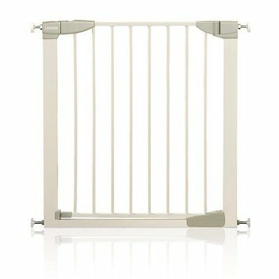 Lindam Sure Shut child baby Gate/ Easy Fit. No drilling required. Pressure Fit