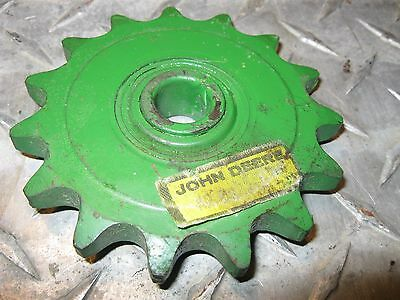 OEM John Deere #60 Chain 15 Tooth Idler Sprocket AN31211 Many Combines,Platforms