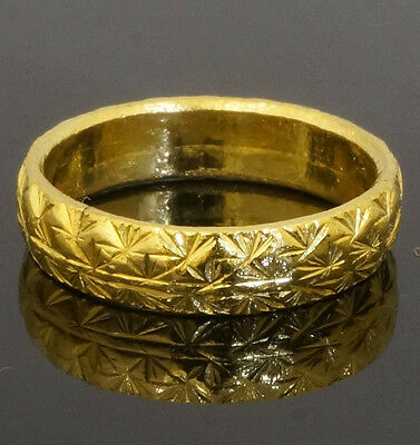 24Carat Yellow Gold Patterned D Shaped Wedding Band (Size L) 4.5mm Width
