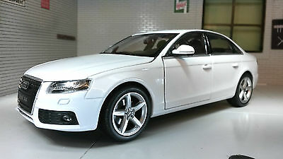 G LGB 1:24 Scale 2009 White Audi A4 TFSI Detailed Welly Diecast Model Car 22512