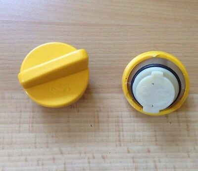 NEW RENAULT Clio 1.2 1.4 1.6 Petrol Oil Filler Cap 1995 onwards