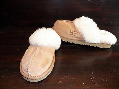 7b799b996d3 UGG SLIPPERS AUSTRALIA Children's SUEDE SLIPPERS SIZE 3 NEW ...