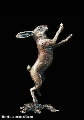 Hare Boxing Solid Bronze Foundry Cast Detailed Sculpture Butler And Peach [2041]