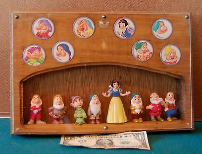 Snow White and the 7 Dwarfs Figures and Buttons Shadow Box