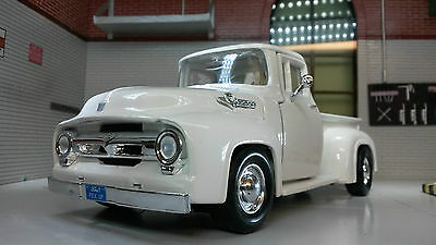 G LGB 1:24 Scale Ford F100 Pickup Ute Van 1956 Truck Diecast Model 73200 White
