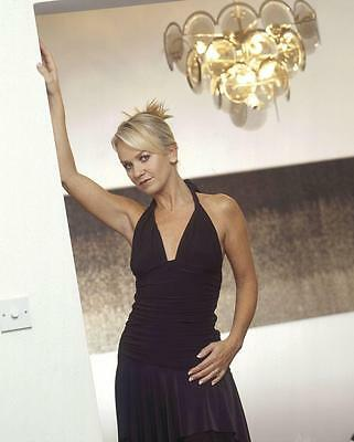 Lisa Maxwell A4 Photo 2