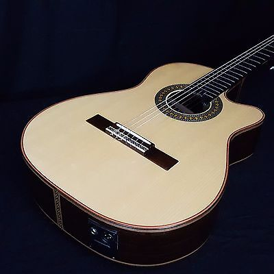 Giannini GNPP CEQ Nylon Acoustic Electric Classical Guitar Solid Spruce Rosewood