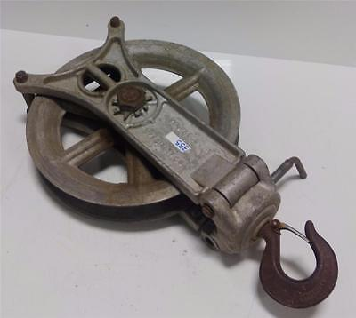Campbell Specialty Co. Hoist