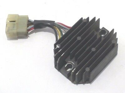 ^9210 VOLTAGE REGULATOR GRASSHOPPER 185530 KUBOTA  15531-64603