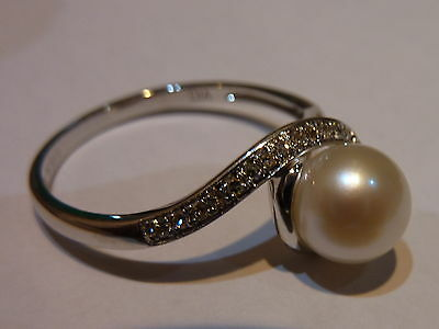 New 9ct White Gold Pearl & Diamond Ring Size N