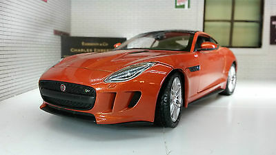 Jaguar F Type Coupe Welly 1:24 Scale Diecast Detailed Engine Interior Model 2015