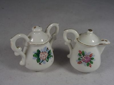 Vintage Japan Miniature Coffee Pot And Urn Salt And Pepper Set Collectible Exc.