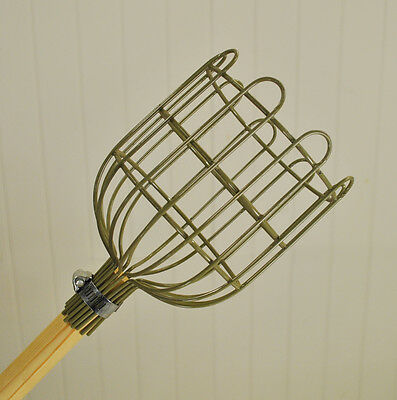 Garden Trading Apple Picker - Wirework with Wooden Handle