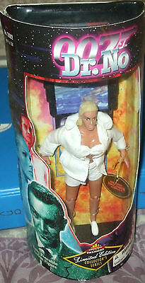 1998 Exclusive Premiere 007 James Bond Dr. NO Honey Ryder 7 Inch Doll  MIP