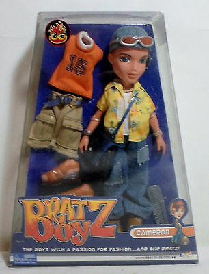 MGA 2002 BRATZ BOYZ BOY CAMERON DOLL w/ ACCESSORIES RETIRED MISP NRFB
