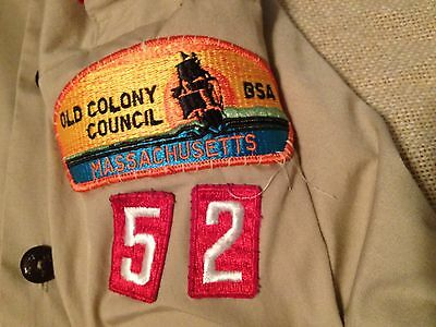 DISTRESSED OLD COLONY COUNCIL 52 MASSACHUSETTES SCOUT SHORT SLEEVE SHIRT sm/med