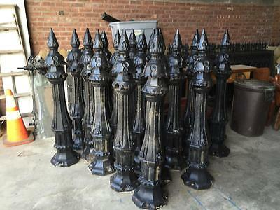Beautiful Heavy Cast Iron Victorian Fence Post - Columns - Bd1