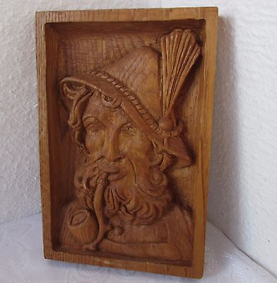 "& .... 10"" Vintage wooden hand carved male face with smoking pipe carving"