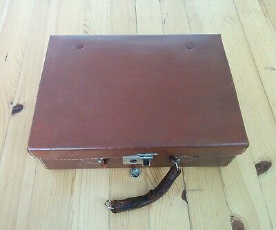 Vintage leather Antique shaving case ENGLISH LEVER