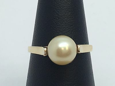 10K Yellow Gold Pearl Solitaire Ring