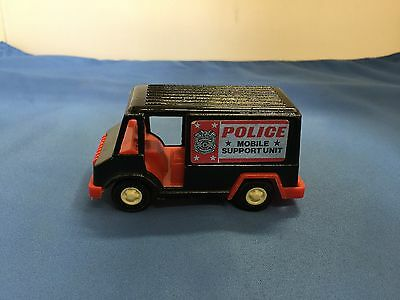 1970 Tootsietoy Vintage Diecast Police Mobile Support Unit Panel Truck Nice