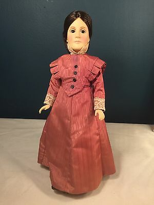"""1980 Effanbee Collector's Club Doll 14.5"""" Tall Susan B. Anthony w Stand LE"""