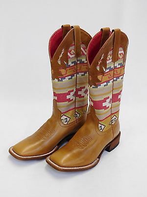 Style M8039 Women/'s Macie Bean Boots w//Yellow and Maroon Flowers