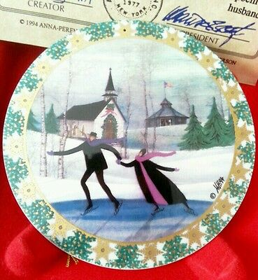 P Buckley Moss, Christmas Skaters, Christmas Ornament Anna Perenna