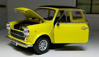 Mr Bean Austin Mini Mk3 Cooper Citron Green 1:24 Scale Diecast Model Doors Open