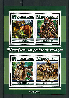 Mozambique 2015 MNH Endangered Mammals 4v M/S Animals Wild Dogs Sifaka Stamps
