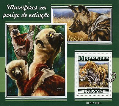 Mozambique 2015 MNH Endangered Mammals 1v S/S Wild Dogs Animals Leopards Stamps