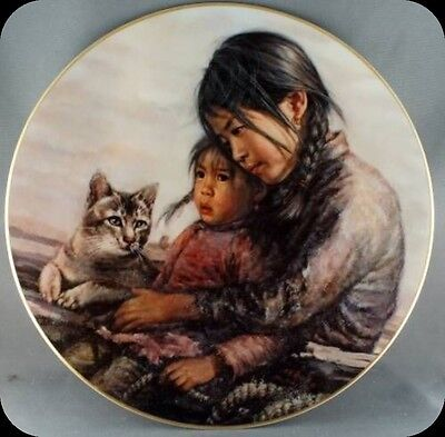 Kee Fung Ng Girl With Sister Children of Aberdeen Collector Plate