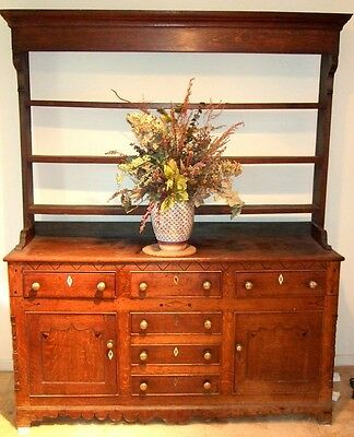 ENGLISH WELSH DRESSER, 1/4-SAWN OAK, RARE SCALLOPED SKIRT, BONE +EBONY c 1725