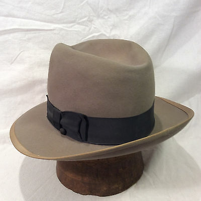 Fedora Grey Mallory Vintage Men's Hat with Black Band -- Size 7 1/8