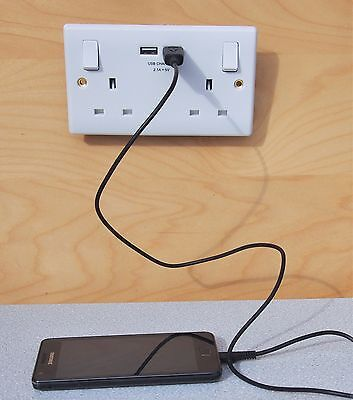 Double Wall Socket 2 Gang UK Plug Socket 13A with 2 USB Charger Outlet Sockets