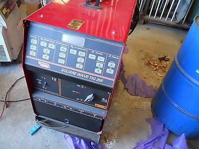 Lincoln Square Tig Wave 255 welder