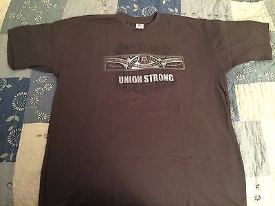 """UNITED BROTHERHOOD of CARPENTERS """"UNION STRONG"""" T-SHIRT """"Union Made in USA"""" XL"""