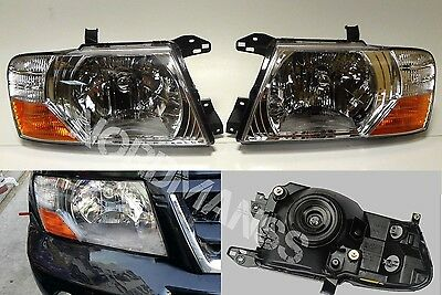 Mitsubishi Pajero Montero L and R Set Headlights head lamps lights 2000-2006