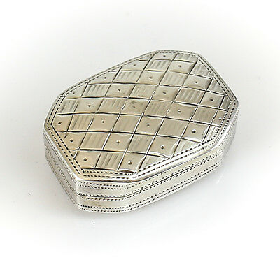 Cocks & Bettridge George III Birmingham Sterling Silver Vinaigrette Box, c1810